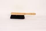 Handstoffer zwart haar/gemengd blank gelakt  29 cm  Kort