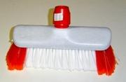 Luiwagen nylon/1 met rode baard 23.5 x 5.8 cm.